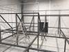 Les structures des trampolines se mettent en place